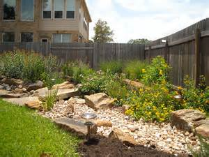 Container Gardening North Texas - dry creek beds 171 greeneraustin com