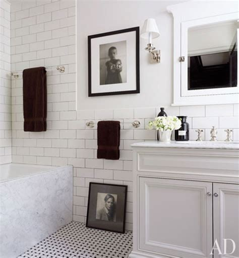 black and white bathroom tiles ideas 1000 images about white subway tile bathrooms on