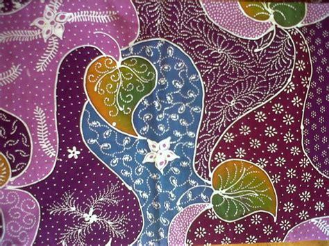 Kain Batik Print Modern Parang Bunga 50 motif batik modern nusantara yang terkenal model