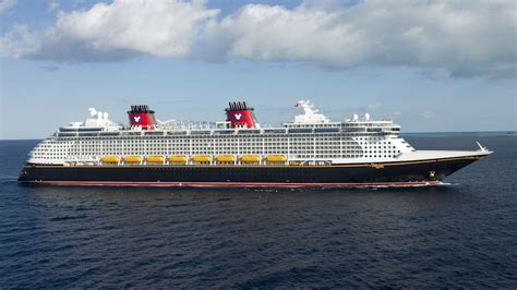 disney news from 2019 cruises disney cruise line announces early 2019 itineraries