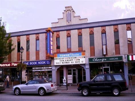 cineplex vernon vernon town theatre cinema treasures