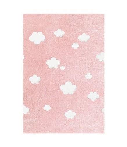 tappeto rosa tappeto rosa a nuvole bianche la cameretta di pippi