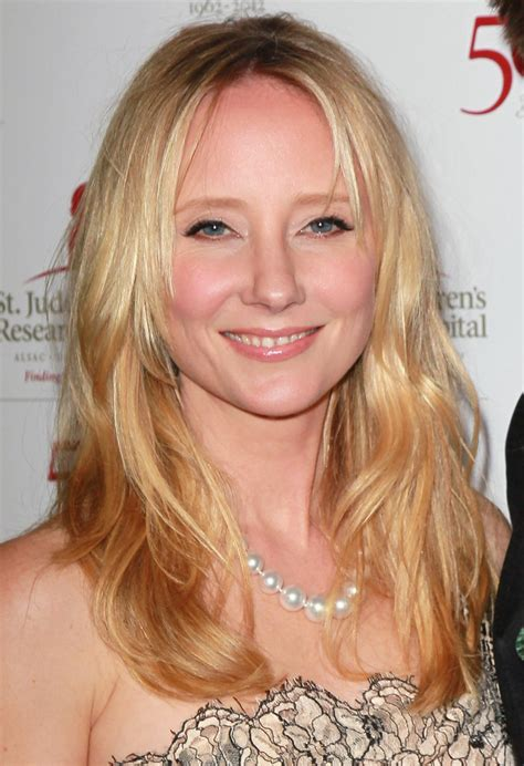 anne heche hairstyles anne heche layered cut layered cut lookbook stylebistro