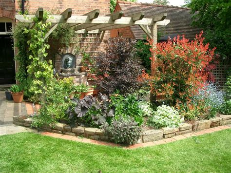 landscape design small gardens