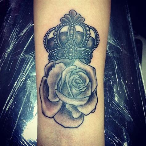 rose crown tattoo more than 50 crown tattoos for your royal inking dreams