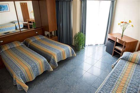 hotel gabbiano senigallia hotel gabbiano porto s giorgio le marche