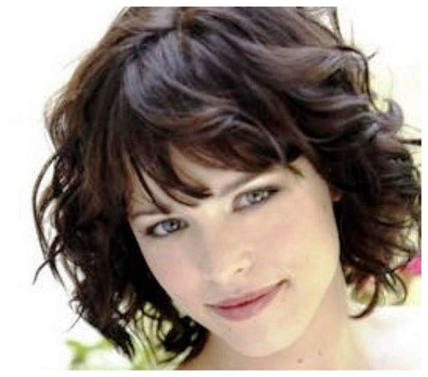 short haircuts curly thick hair short haircuts for thick wavy hair hairstyles hoster