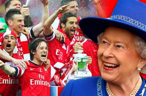 arsenal queen queen outed as an arsenal fan by labour leader jeremy