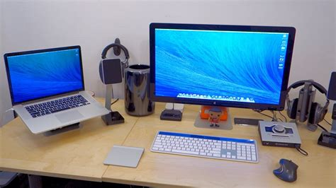 ultimate desk setup ultimate mac setup desk tour february 2014 youtube
