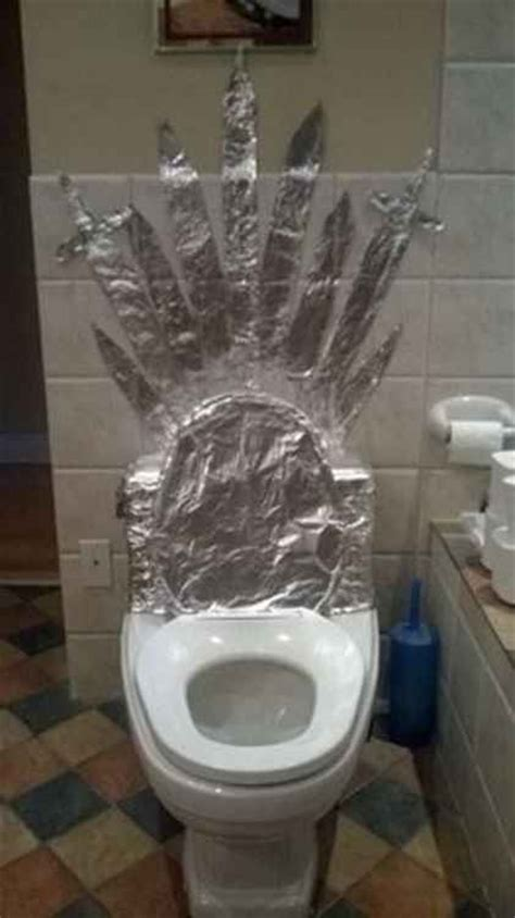 iron throne toilet lets you rule the bathroom cnet best 20 game of thrones jokes ideas on pinterest ned
