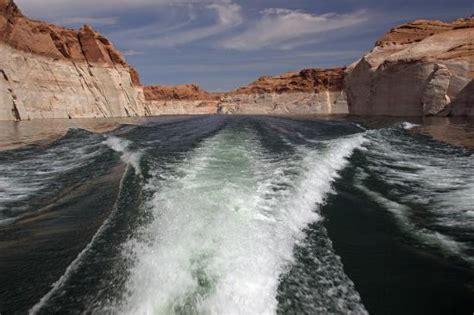 lake powell canyon boat tours entering antelope canyon picture of lake powell boat