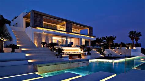 follow tips  market  luxury home zrickscom