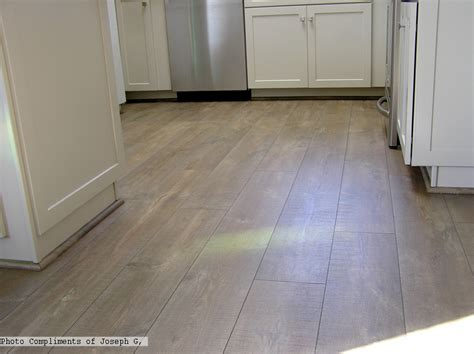 cottage flooring ideas step reclaime mocha oak uf1578 laminate flooring