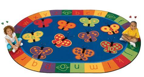 tappeto puzzle disney quale tappeto gioco scegliere per bambini