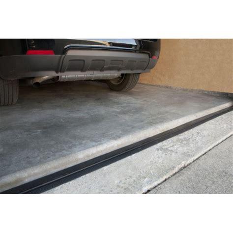 Garage Floor Molding by Garage Flooring Trim Threshold