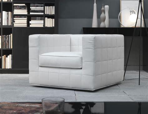 White Leather Sofa Chair by Nella Vetrina Qua00 Italian Designer White Leather