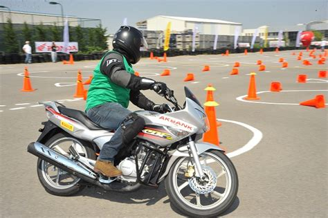 motosiklete baslarken dikkat edilmesi gerekenler