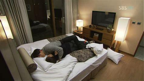 kissing scenes in bedroom korean drama hot kiss scene in bedroom korean drama bedroom review design