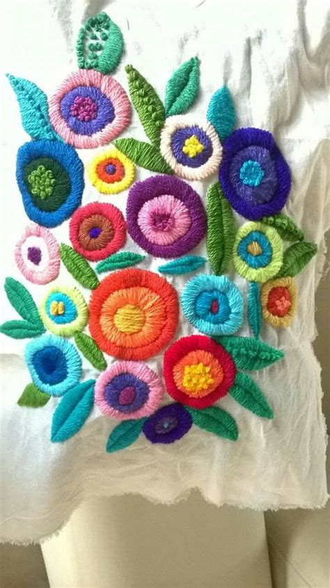 embroidery mexican 17 best ideas about mexican embroidery on