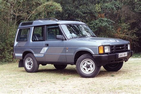 land rover old discovery land rover discovery classic car review honest john