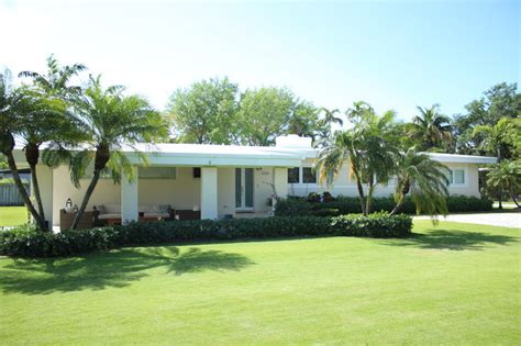 Awesome Remodeling A 1950s Ranch Home #4: Tropical-exterior.jpg