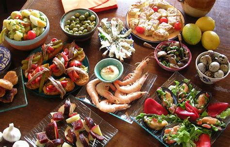 tapas la cocina del la gastronomie espagnole i portfolio de sarah bereksireguig