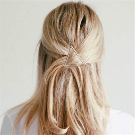 Half Pinned Hairstyles by 21 Easy Updo Hairstyles Ambie