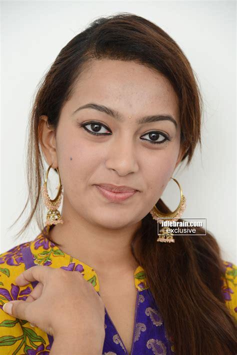 esther indian actress esther photo gallery telugu cinema actress