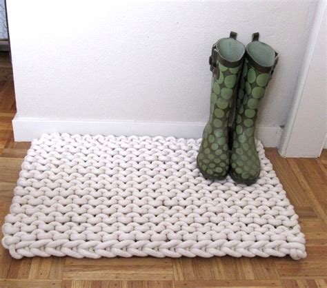 knit rug patterns 25 best ideas about knit rug on crochet carpet knitted rug and hula hoop weaving