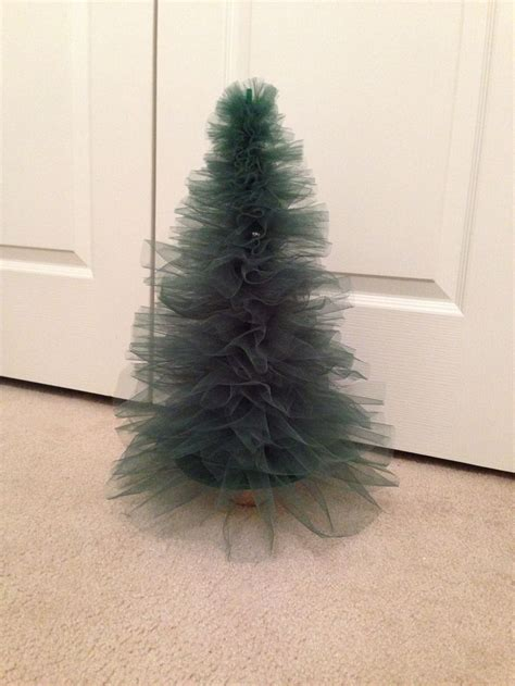 1000 ideas about tulle christmas trees on pinterest