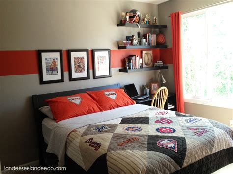 Guys Room Design by Guys Bedroom Decor Bedroom Ideas Guys Bedroom