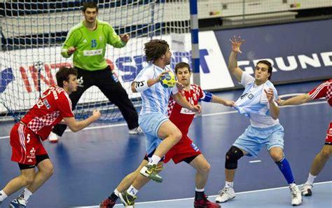 imagenes de niños jugando al handbol handball handball argentino