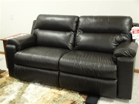 leather couch lazy boy lazy boy leather sofa reviews 38 best lazy boy sofa images