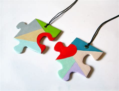 How To Make A Puzzle Out Of Paper - 12 creative puzzle necklace designs guide patterns