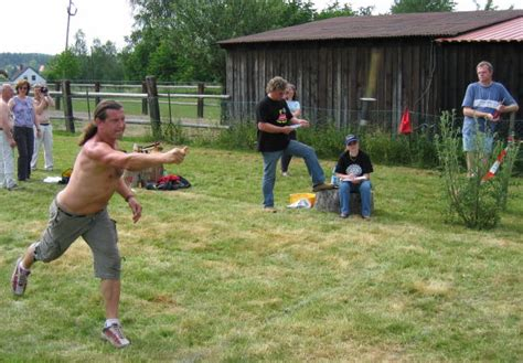 knife throwing competitions midsummer knife and axe throwers meeting 2006 in