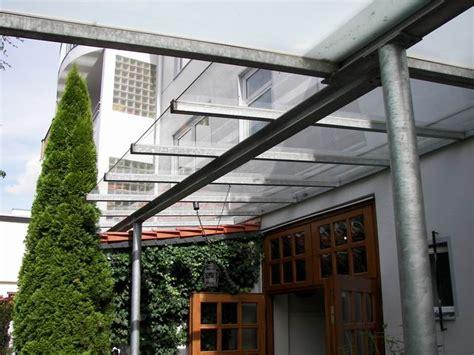 terrassendach ohne wandbefestigung treppe und vordach aus stahl mit einer 3 meter langen