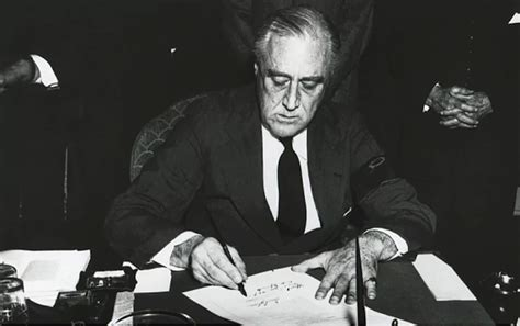 Court Records Ta Fdr Signing Executive Order 9066 Www Pixshark