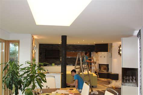 Esszimmer Decke by Spanndecke Und Beleuchtung Vollfl 228 Chig Leuchtende