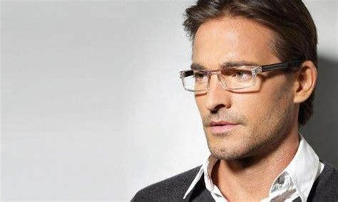 mens eyeglasses for slideshow1 500x300 the man s guide to