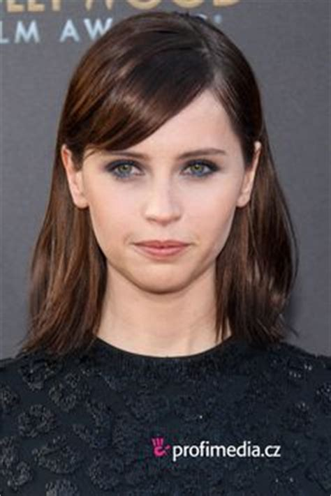 hairstyle for overbite yummy felicity jones i love her overbite so hot