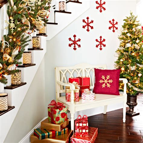 Xmas Decoration Ideas foyer with christmas decorations
