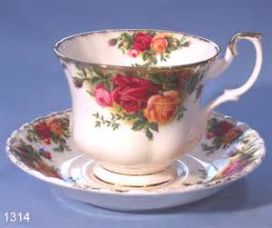 royal albert old country roses bone china tea cup and