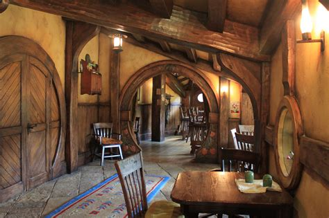 Hobbit Home Interior by Hobbiton Chiarina Loggia
