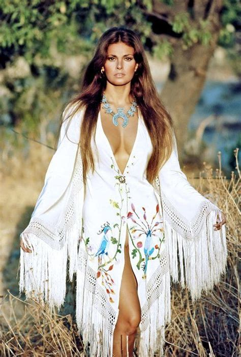 raquel welch kingston 58 best images about vintage raquel welch on pinterest