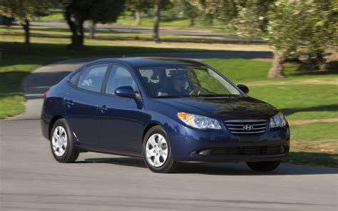 2010 Hyundai Elantra by 2010 Hyundai Elantra Blue Widescreen Car Pictures