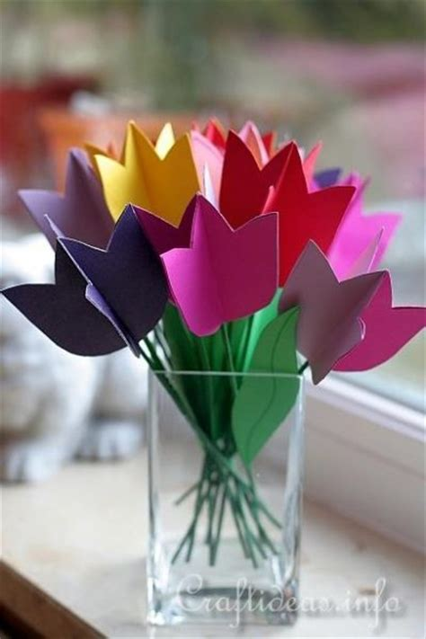 Paper Tulips - paper tulip bouquet family crafts