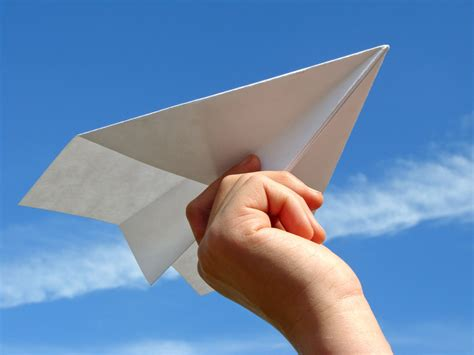 Make Paper Aeroplanes - learning parents