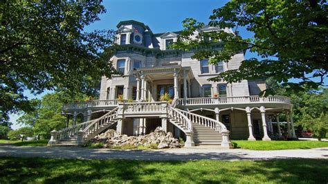 beautiful mansions beautiful old mansions beautiful victorian mansion house
