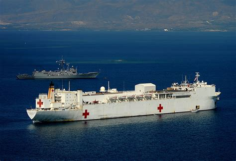 usn comfort usns comfort t ah 20 medical support vessel image pic9