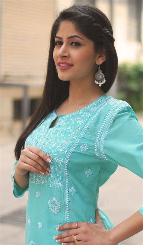 indian hairstyles for jeans best trendy hairstyles to try with traditional outfits